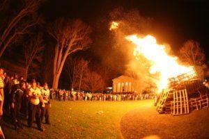 2006-bonfire5